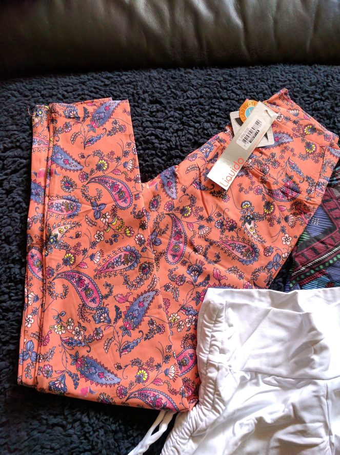 liquido paisley leggings