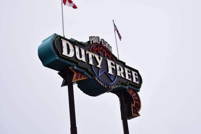 duty free canada border