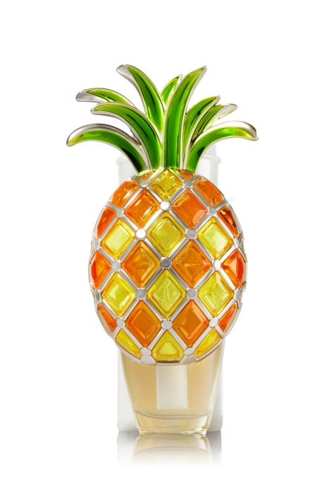 bath and body works pineapples air freshener night light.jpg