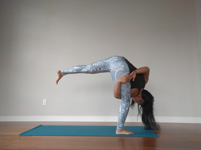 niyama-sports-leggings-review-zentangle-alex-yoga-bop
